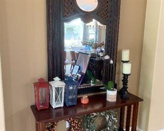 Mirror, decor and sofa table