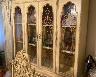 California regency dining room set