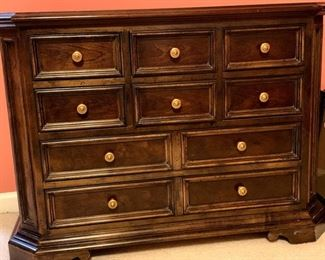 chest 10 drawers, excellent condition