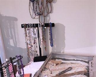 Pearls, jewelry, beads