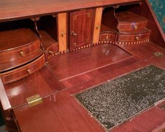 Dutch slant lid desk