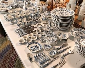 Large Meissen Collection