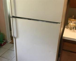 799 KitchenAid Fridgemin