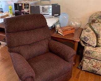 Brown lazy boy recliner, end tables, Portable AM/FM cassette player, lots of LPs