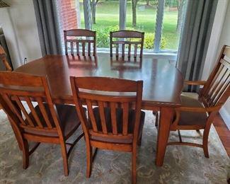 Broyhill Diningroom Set