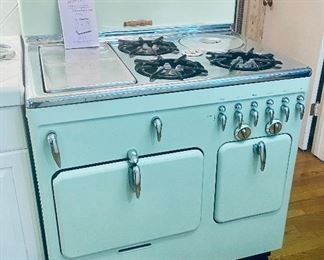 Vintage professionally refinished Chambers stove in excellent clean working condition.