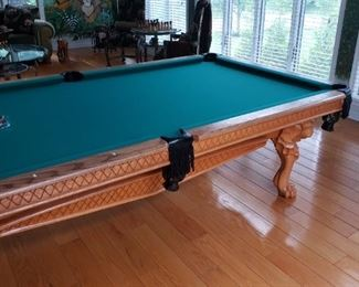 Peter vitali pool table  Excellent condition
