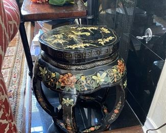 PAINTED ORIENTAL LAQUER STOOL