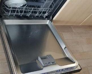 BOSCH dishwasher with stainless steel interior