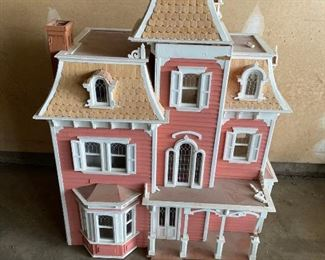 Victorian Doll House