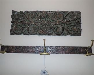 CARVED WALL DECOR / WALL COAT HOOK