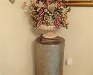 CYLINDER  - URN WITH DRIEDS
