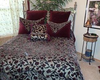 IRON BED FULL