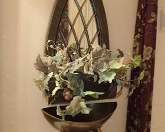 URN WITH WALL MIRROR & PLANT