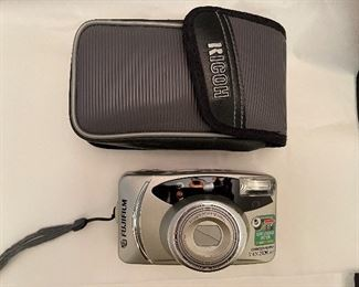 Camera Fujifilm S1450 zoom and Date