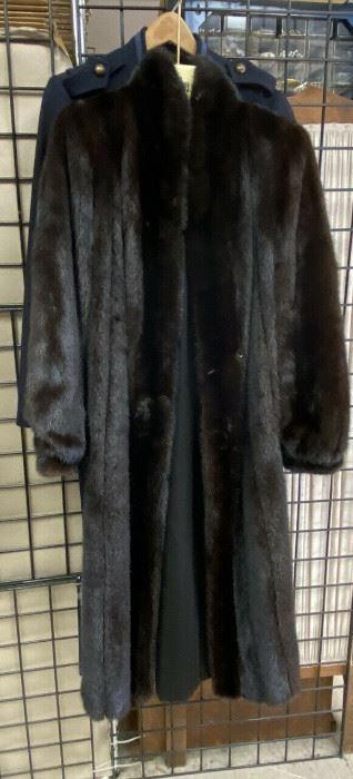https://www.ebay.com/itm/114777621109CF9200 Black Mink Full Length Coat by Blackblama UShip or Local Pickup