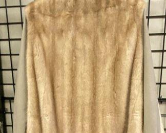 https://www.ebay.com/itm/124708471301CF9201 Abel Furs New Orleans Mink Coat / Jacket UShip or Local Pickup