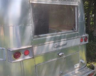 1968 International Land Yacht Airstream has clean Title