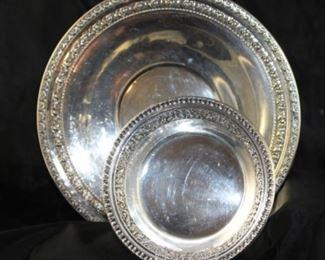 "Silver plate 10 1/2 inch plate. Reed and Barton silver plate bonbon Dash ""Belair"""
