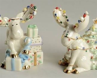 LENOX MERRY MOOSE CHRISTMAS SALT AND PEPPER SHAKERS WITH BOX