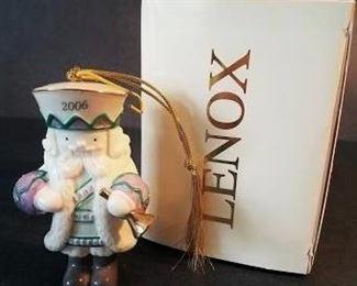 """LENOX """"Merry Monarch"""". 2006 Porcelain Ornament"""