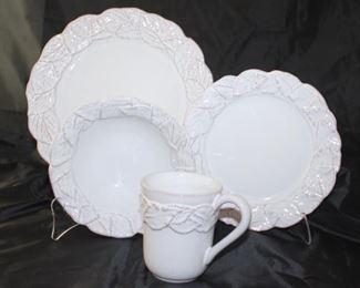 Molde Dinnerware 12 dinner plates, 12 salad plates, 12 cereal bowls, 12 mugs