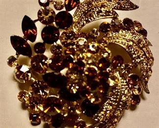 "Vintage Amber Rhinestones Gold-tone Pendant/Brooch (2"" diameter)"
