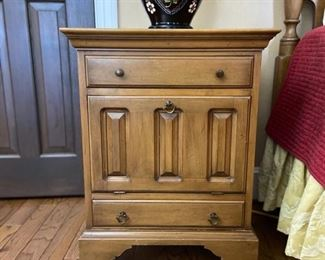Matching pair of night stands