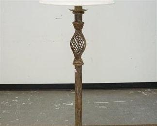 1011IRON FLOOR LAMP W/LATTICE SECTION ON COLLUMN, 63 IN HIGH