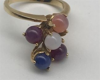 14 Karat Gold Sapphire Ring