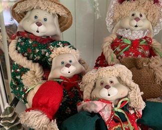 House of Lloyd Christmas Dolls