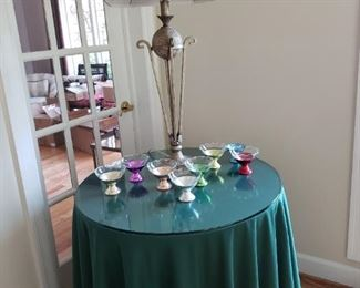 Decorator table