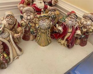 4 Pearlescent Perplexed Santas