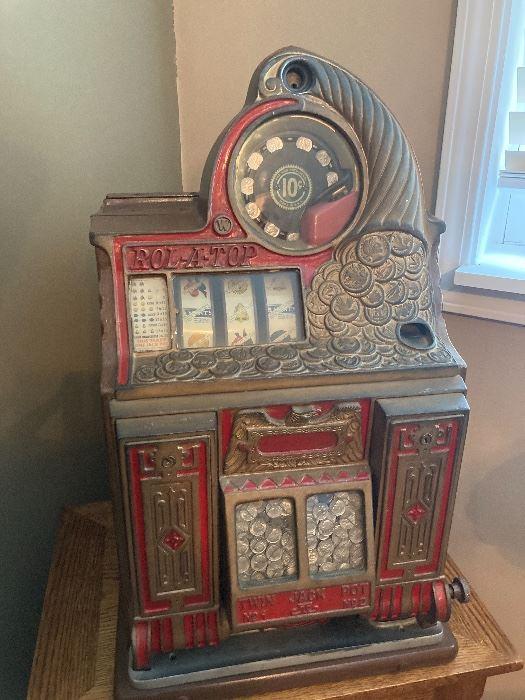 1930's 10 cent dime slot machine