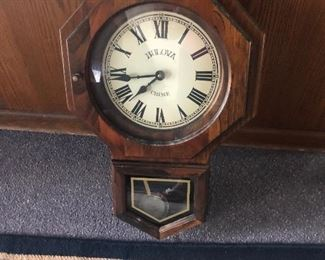 Bolivia chime clock