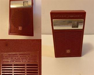 Vintage National Panasonic 6-Transistor Radio Model R-1062