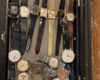 Nice collection of vintage mechanical and self winding men's watches