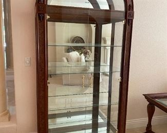 Beautiful display cabinet by Howard Miller