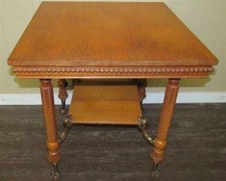 Super Oak Parlor Table