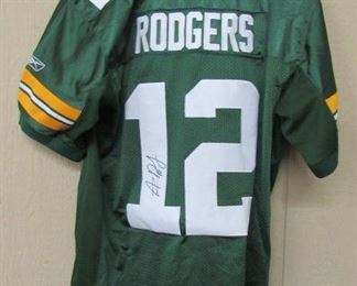 Aaron Rodgers Autographed Jersey w/Certificate