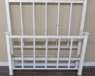 Metal Bed w/Rails