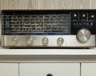 Zenith Shortwave Receiver