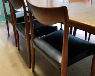 Gorgeous Gustav Bahus dining table and chairs