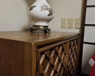 Bedroom set, matching side table and lamp