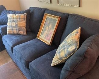 3 seat sofa, navy blue in great shape