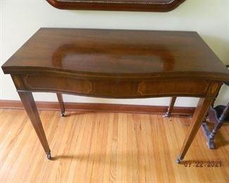 antique folding/extending table