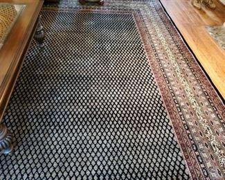 Beautiful large room size rug 100% wool