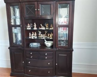 Contemporary Broyhill Affinity Collection China Cabinet and Base Contents not Included