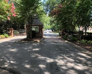 https://www.signupgenius.com/go/10c0d4ea4a62da4fbc61-estate Pineville - Matthews Rd Across from Calvary Church