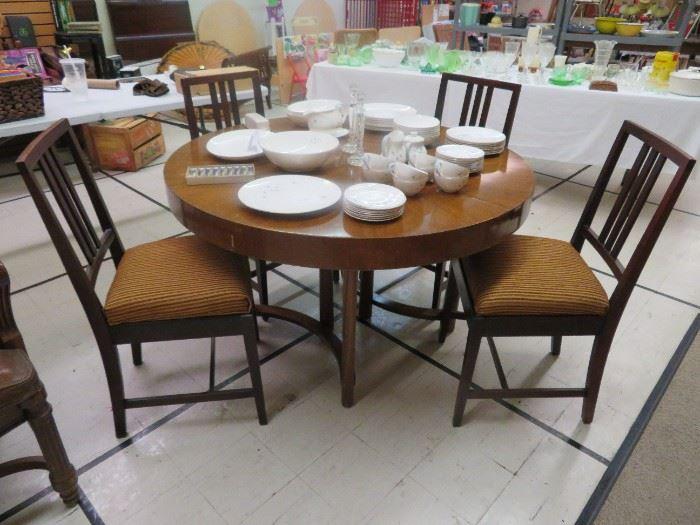 Widdicomb MCM Table & Geo Flint Chairs